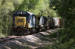 CSX 6020 leads A781-21 west past mile post AS 725
